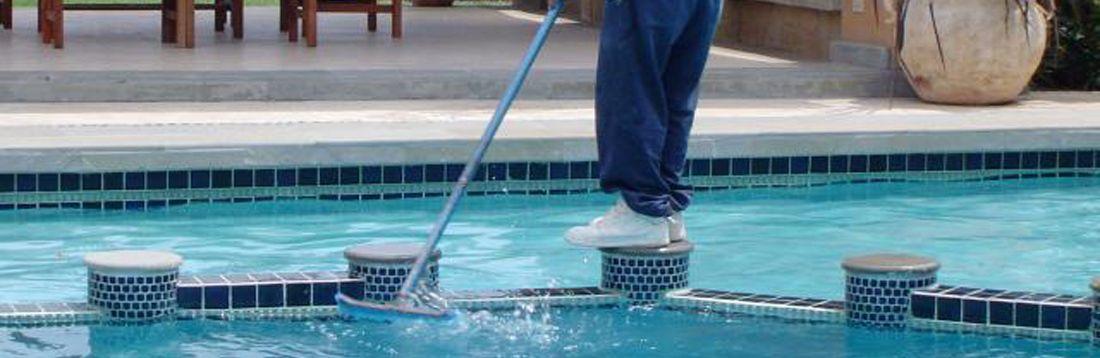 Piscinas peru nosotros for Construccion de piscinas peru